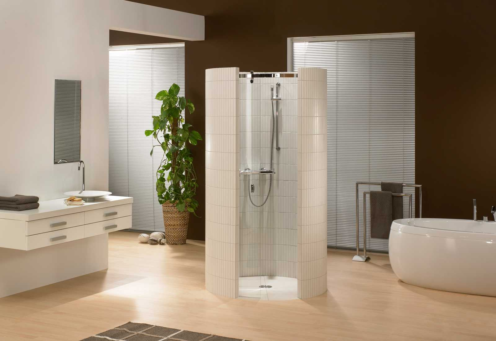 wedi Fundo Trollo – Floor-level round shower with wall ... | {Bodengleiche dusche design 37}